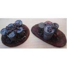 TH82 25/28mm Oil Drums painted or unpainted